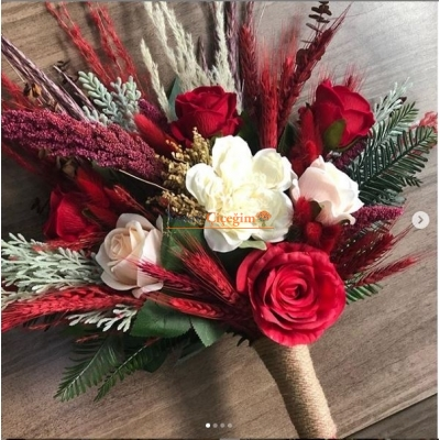 Kırmızı Kuru Çiçekli Gelin Çiçegi - Gelin En Buketi - 002