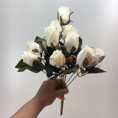 12'li Beyaz Tomurcuk Gül