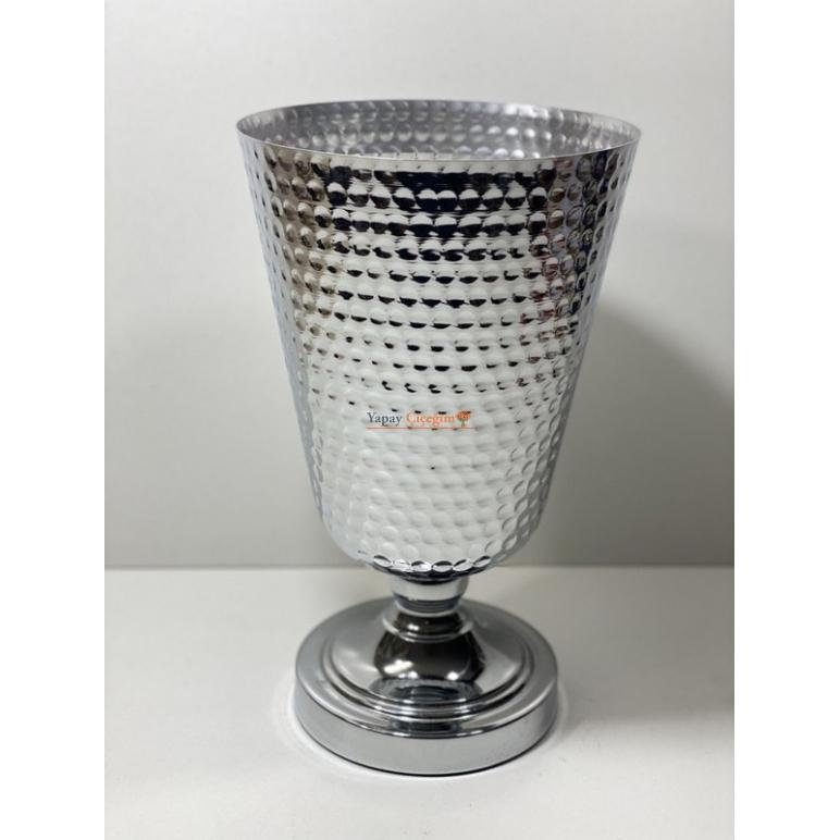 metal vazo